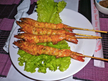 Grilled prawns, vietnamese style ...
