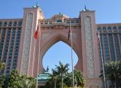 Atlantis, hotel hedonism...