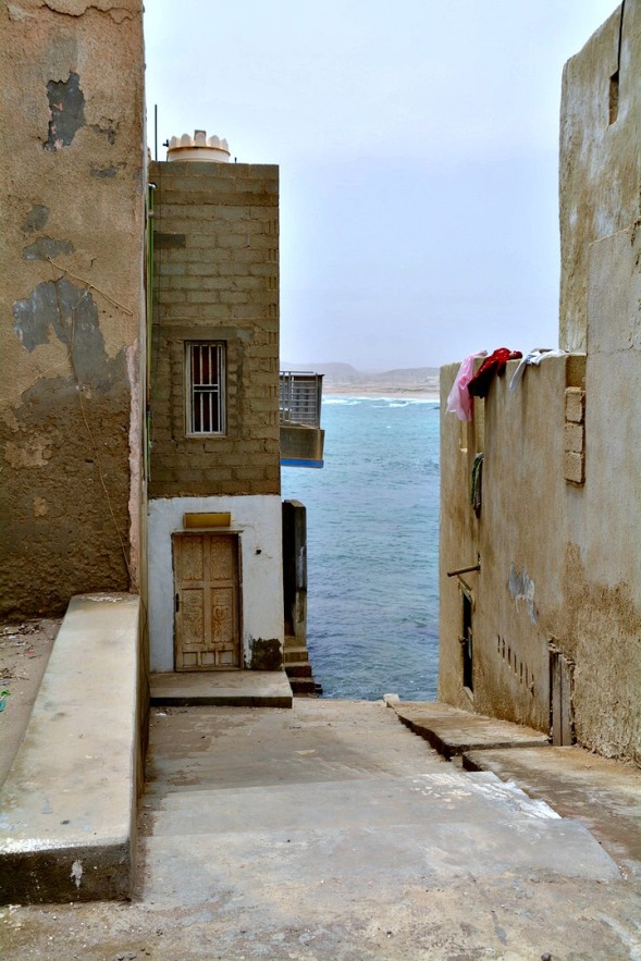 down a little alley to the sea...
