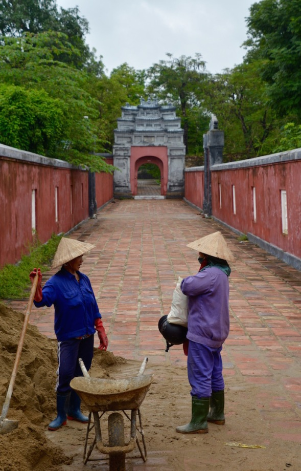 Palace renovators...