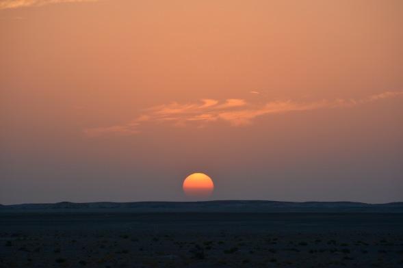 Sunset across the vast gravel plains...