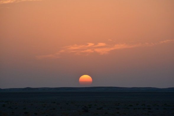 Sunset across the vast gravel plains...