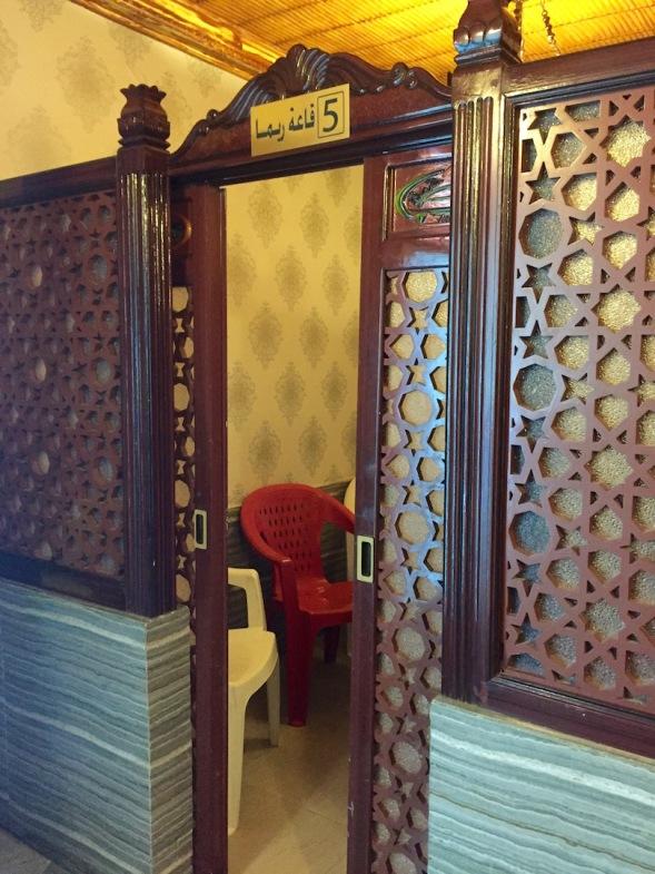 Dinner enclosure, great doors...