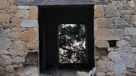 An abandoned vista...